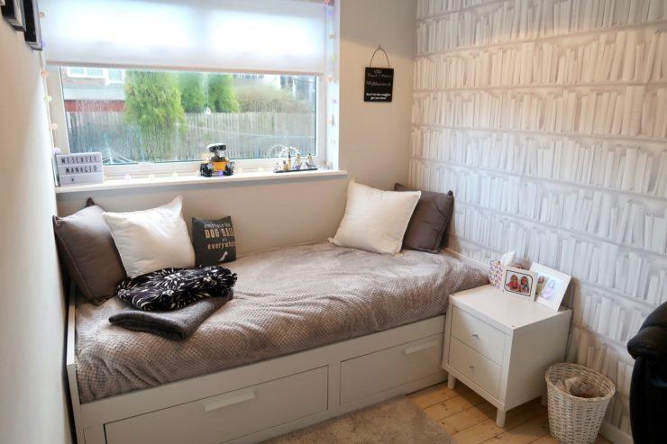 Mały Domowy Gabinet Z Funkcją Sypialni Dla Gości
